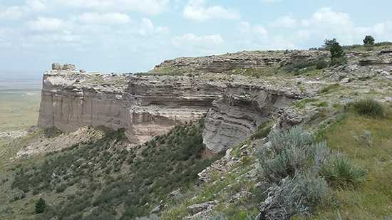 Arikaree Formation overlying the Brule Member of the White River Formation, Goshen Rim, southeast Wyoming.